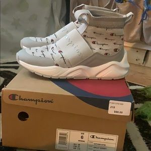Champion rally sneakers